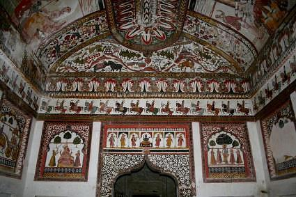 Wall painting, Raj Mahal, Orccha, Madhya Pradesh, the heart of India