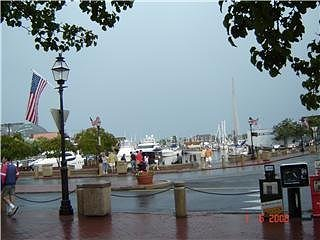 Walking around Marina landing, Annapolis, Maryland