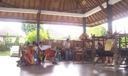 Batik painting workshop in Bali