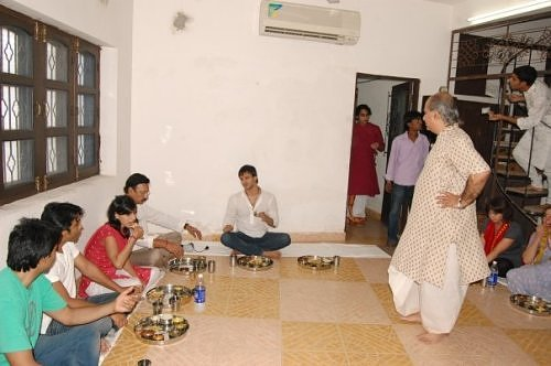 Vivek Oberoi in Vrindavan, at Sri Radha Raman temple's Goswami's house for Raj bhog prasad