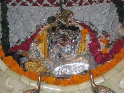 Sri Radha Raman ji in a Phool bangla