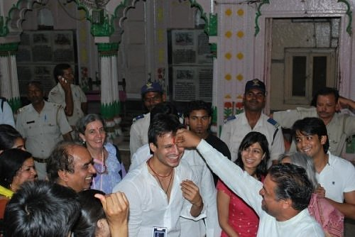 Vivek Oberoi in Vrindavan, at Sri Radha Raman temple's courtyard