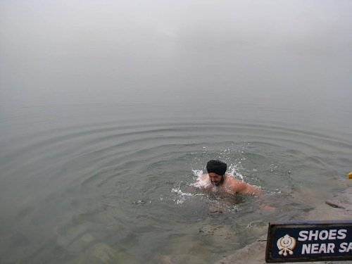 Dip in the Hemkund Sarovar lake