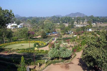 Garden around Pandav caves at Pachmarhi